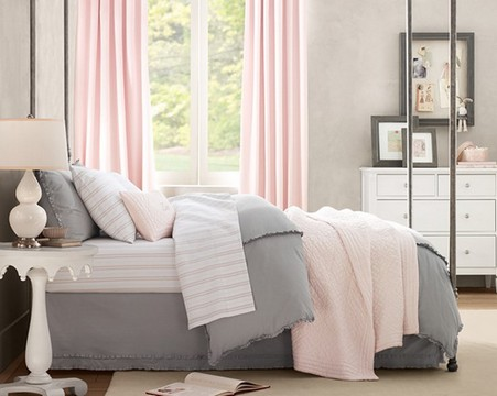 Slaapkamer Grijs Roze : Roze in het interieur sensualiteit en gevoeligheid bruiloft in