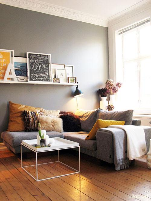Серо коричневый цвет в интерьере гостиной